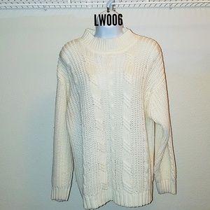 Ivory White Sweater by Ellemenno. Size L